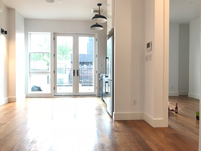 1 Bedroom, Greenpoint Rental in NYC for $3,115 - Photo 2