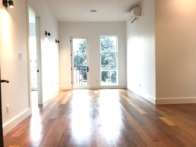 3 Bedrooms, Greenpoint Rental in NYC for $4,444 - Photo 1