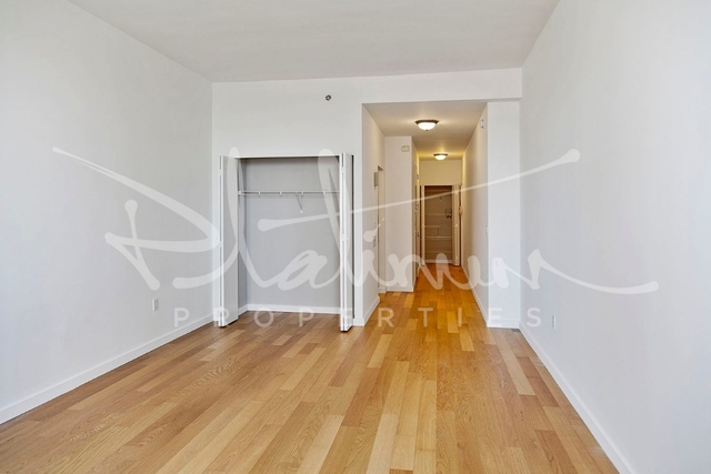 1 Bedroom, Financial District Rental in NYC for $2,538 - Photo 2
