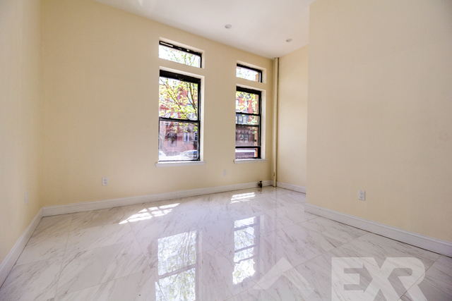 3 Bedrooms, Crown Heights Rental in NYC for $2,375 - Photo 2
