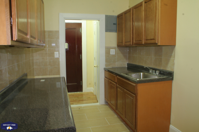 2 Bedrooms, Murray Hill Rental in NYC for $2,000 - Photo 1