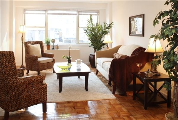 2 Bedrooms, Hell's Kitchen Rental in NYC for $3,300 - Photo 1