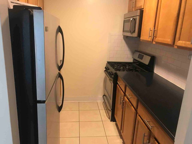 2 Bedrooms, East Harlem Rental in NYC for $3,175 - Photo 2