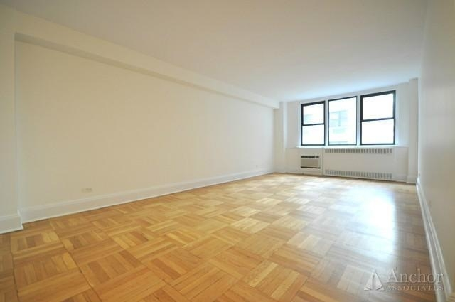 1 Bedroom, Yorkville Rental in NYC for $3,501 - Photo 2