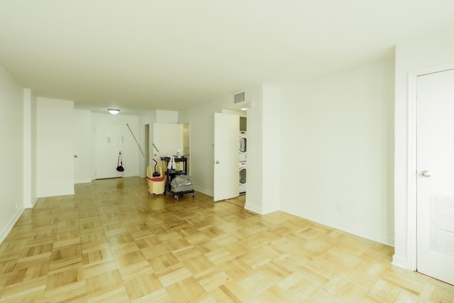 3 Bedrooms, Greenwich Village Rental in NYC for $8,200 - Photo 2