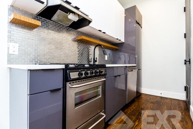 2 Bedrooms, Ridgewood Rental in NYC for $2,599 - Photo 2