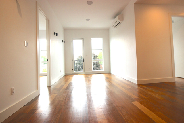 3 Bedrooms, Greenpoint Rental in NYC for $4,475 - Photo 1