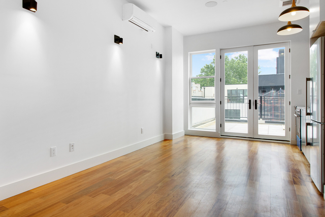 1 Bedroom, Greenpoint Rental in NYC for $3,113 - Photo 1