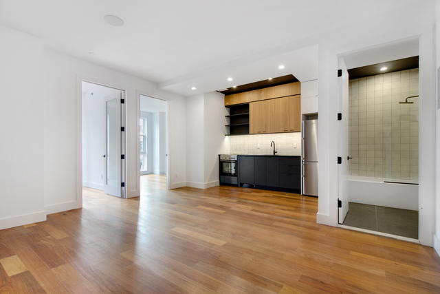 2 Bedrooms, Greenpoint Rental in NYC for $3,345 - Photo 1