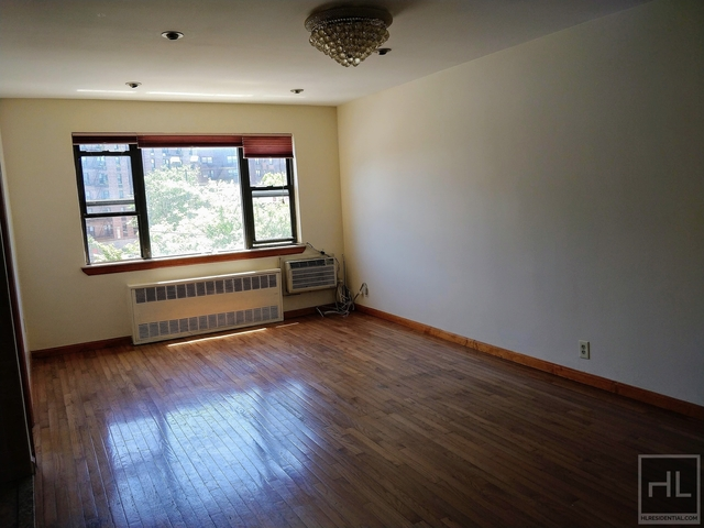 3 Bedrooms, Sunnyside Rental in NYC for $2,700 - Photo 1