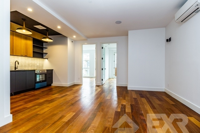 2 Bedrooms, Greenpoint Rental in NYC for $3,344 - Photo 1