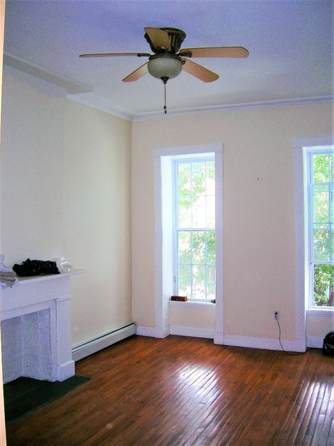 2 Bedrooms, South Slope Rental in NYC for $3,750 - Photo 2