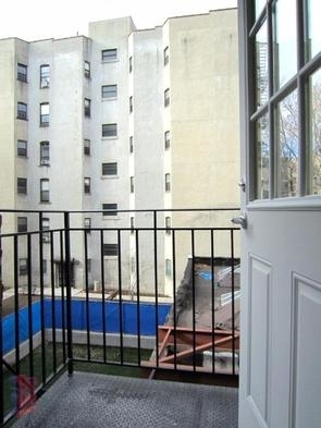 2 Bedrooms, Stuyvesant Town - Peter Cooper Village Rental in NYC for $3,790 - Photo 2