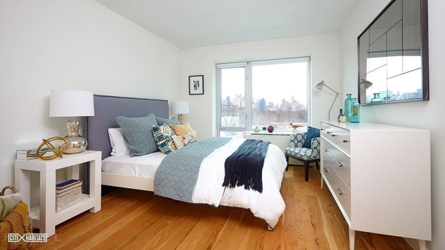 2 Bedrooms, Long Island City Rental in NYC for $3,485 - Photo 2