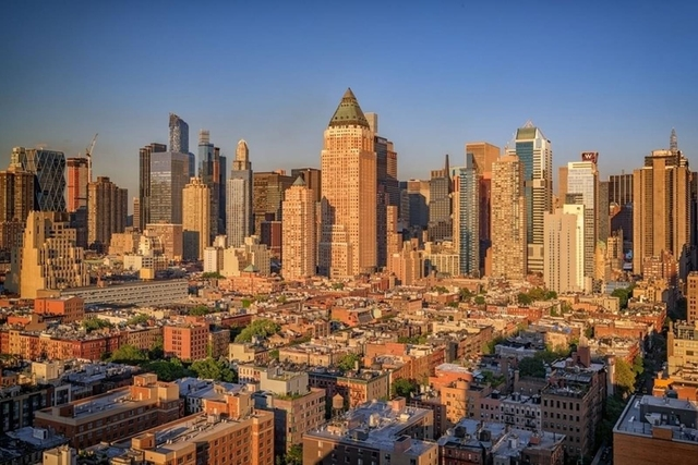 3 Bedrooms, Hell's Kitchen Rental in NYC for $8,300 - Photo 1