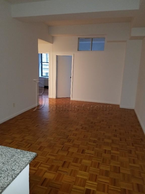 4 Bedrooms, Financial District Rental in NYC for $6,950 - Photo 2