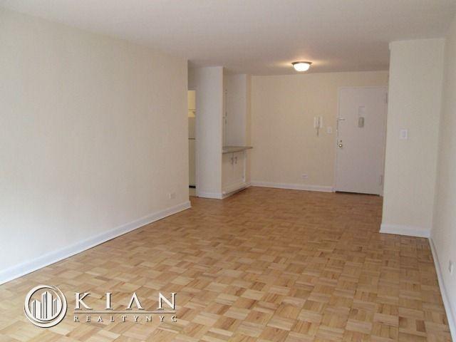 1 Bedroom, Rego Park Rental In NYC For $1,950   Photo 1 ...