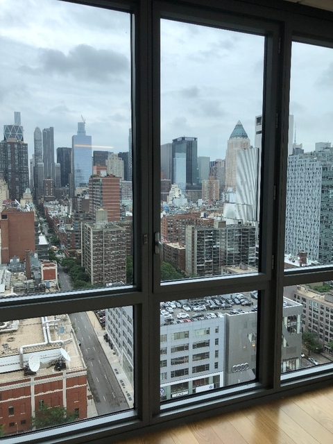 2 Bedrooms, Hell's Kitchen Rental in NYC for $4,790 - Photo 2