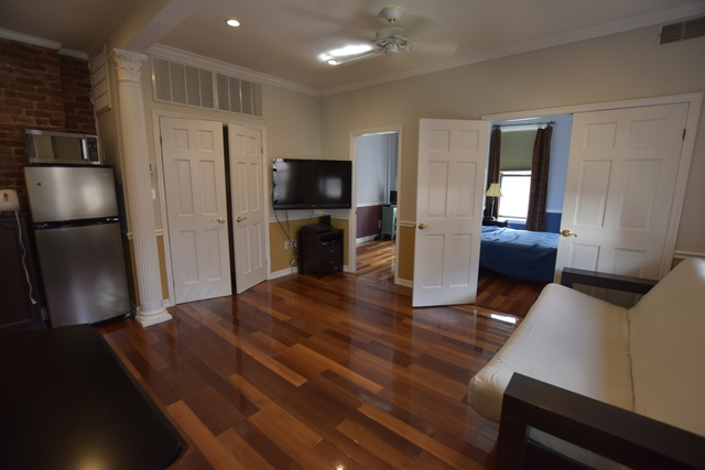 2 Bedrooms, Two Bridges Rental in NYC for $2,950 - Photo 2