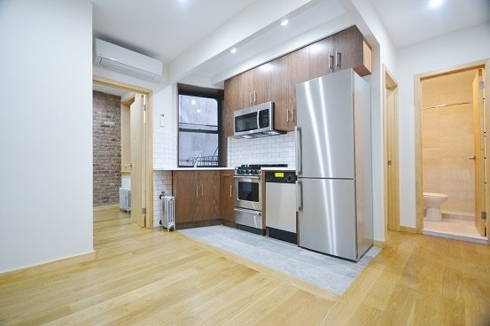 2 Bedrooms, Little Italy Rental in NYC for $2,695 - Photo 1