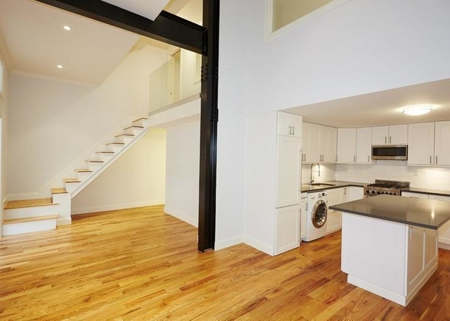 3 Bedrooms, Gramercy Park Rental in NYC for $6,416 - Photo 1