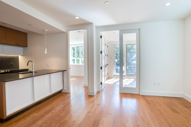 2 Bedrooms, Prospect Lefferts Gardens Rental in NYC for $3,200 - Photo 2