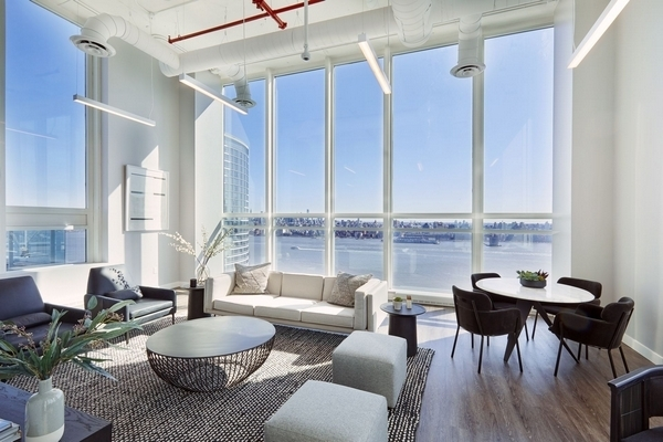 2 Bedrooms, Newport Rental in NYC for $3,800 - Photo 1