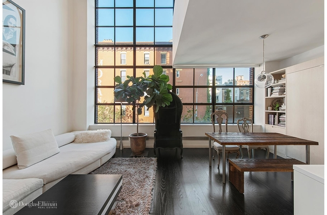 2 Bedrooms, Chelsea Rental in NYC for $8,300 - Photo 1