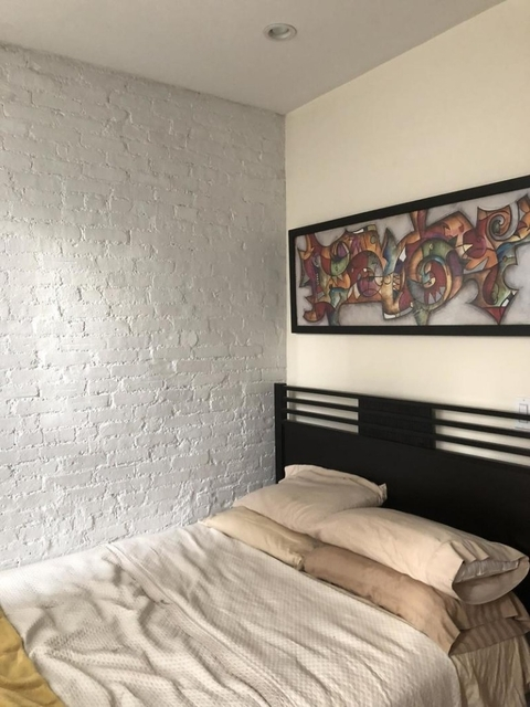 2 Bedrooms, Hell's Kitchen Rental in NYC for $2,980 - Photo 1