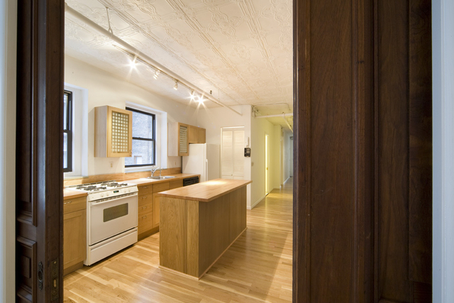 4 Bedrooms, Chelsea Rental in NYC for $9,000 - Photo 2