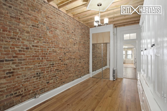 1 Bedroom, Greenpoint Rental in NYC for $3,025 - Photo 2