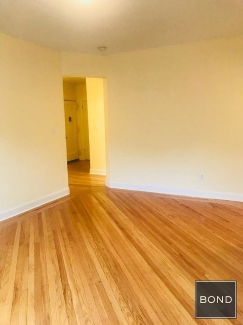 2 Bedrooms, Sunnyside Rental in NYC for $2,700 - Photo 2