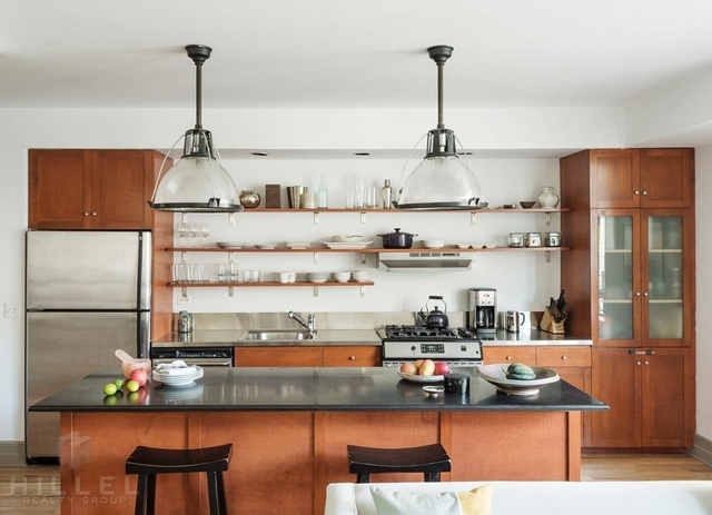 Studio, DUMBO Rental in NYC for $2,900 - Photo 2