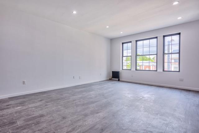 3 Bedrooms, Kew Gardens Rental in NYC for $2,657 - Photo 2