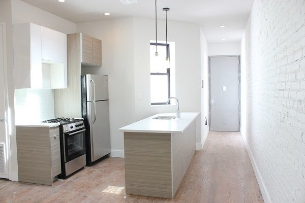 4 Bedrooms, Crown Heights Rental in NYC for $4,150 - Photo 1