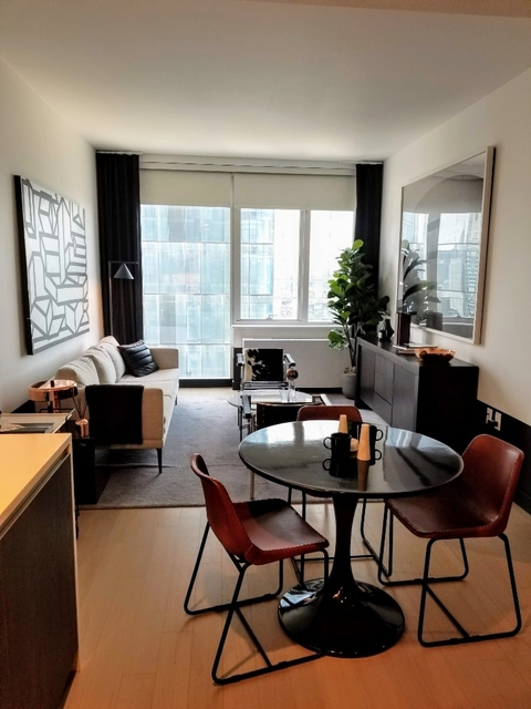 1 Bedroom, Long Island City Rental in NYC for $2,795 - Photo 2