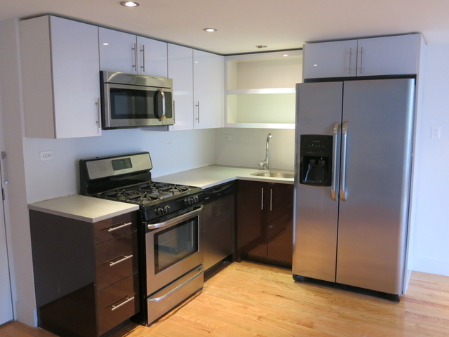 6 Bedrooms, Greenpoint Rental in NYC for $6,500 - Photo 2