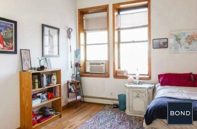 2 Bedrooms, Greenpoint Rental in NYC for $2,599 - Photo 1