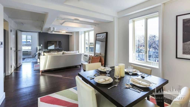 2 Bedrooms, Stuyvesant Town - Peter Cooper Village Rental in NYC for $3,260 - Photo 2