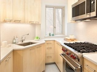 3 Bedrooms, Stuyvesant Town - Peter Cooper Village Rental in NYC for $5,212 - Photo 1