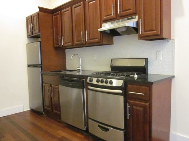 3 Bedrooms, East Williamsburg Rental in NYC for $3,000 - Photo 1