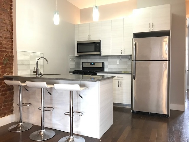 4 Bedrooms, Flatbush Rental in NYC for $3,195 - Photo 1