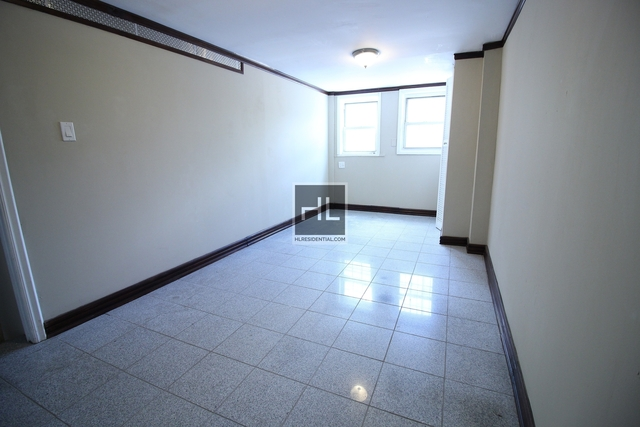 1 Bedroom, Woodside Rental in NYC for $1,600 - Photo 1