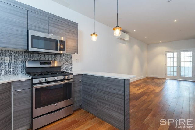 2 Bedrooms, Williamsburg Rental in NYC for $3,822 - Photo 1