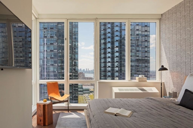 Studio, Theater District Rental in NYC for $3,249 - Photo 2