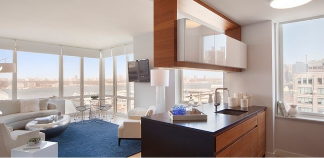 3 Bedrooms, Hell's Kitchen Rental in NYC for $8,250 - Photo 1