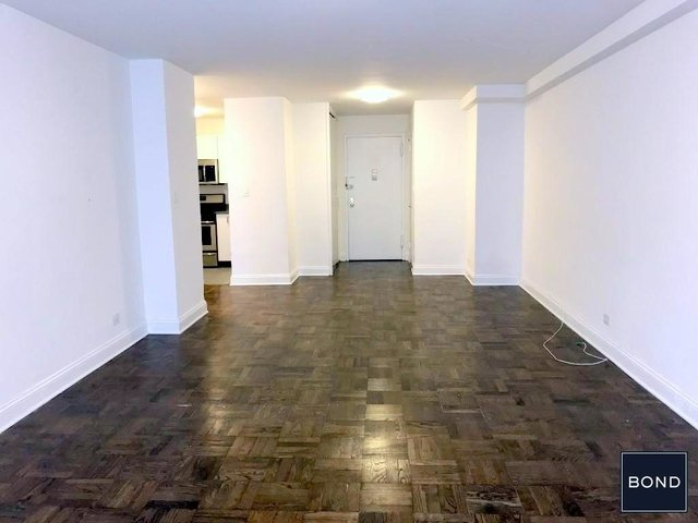 2 Bedrooms, Chelsea Rental in NYC for $6,400 - Photo 2