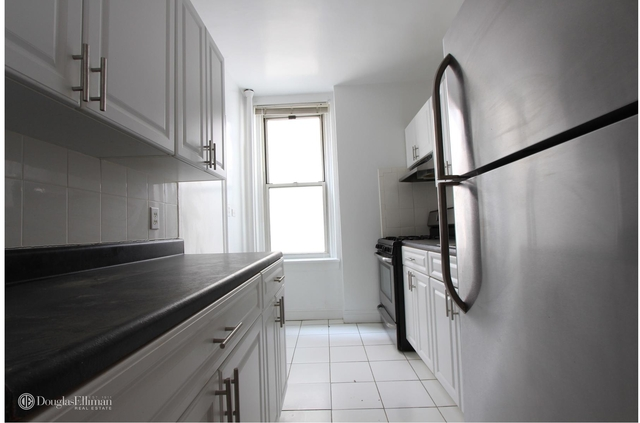 2 Bedrooms, Forest Hills Rental in NYC for $2,350 - Photo 1