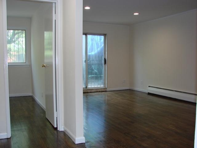 3 Bedrooms, Astoria Rental in NYC for $3,500 - Photo 1