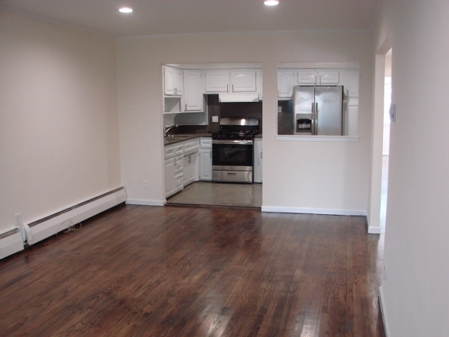 room for york roommate rent in apart apartments new home decor queens com jackson heights nyc bedroom